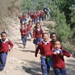 Les enfants ici sont manifestement heureux d'aller à l'école !
